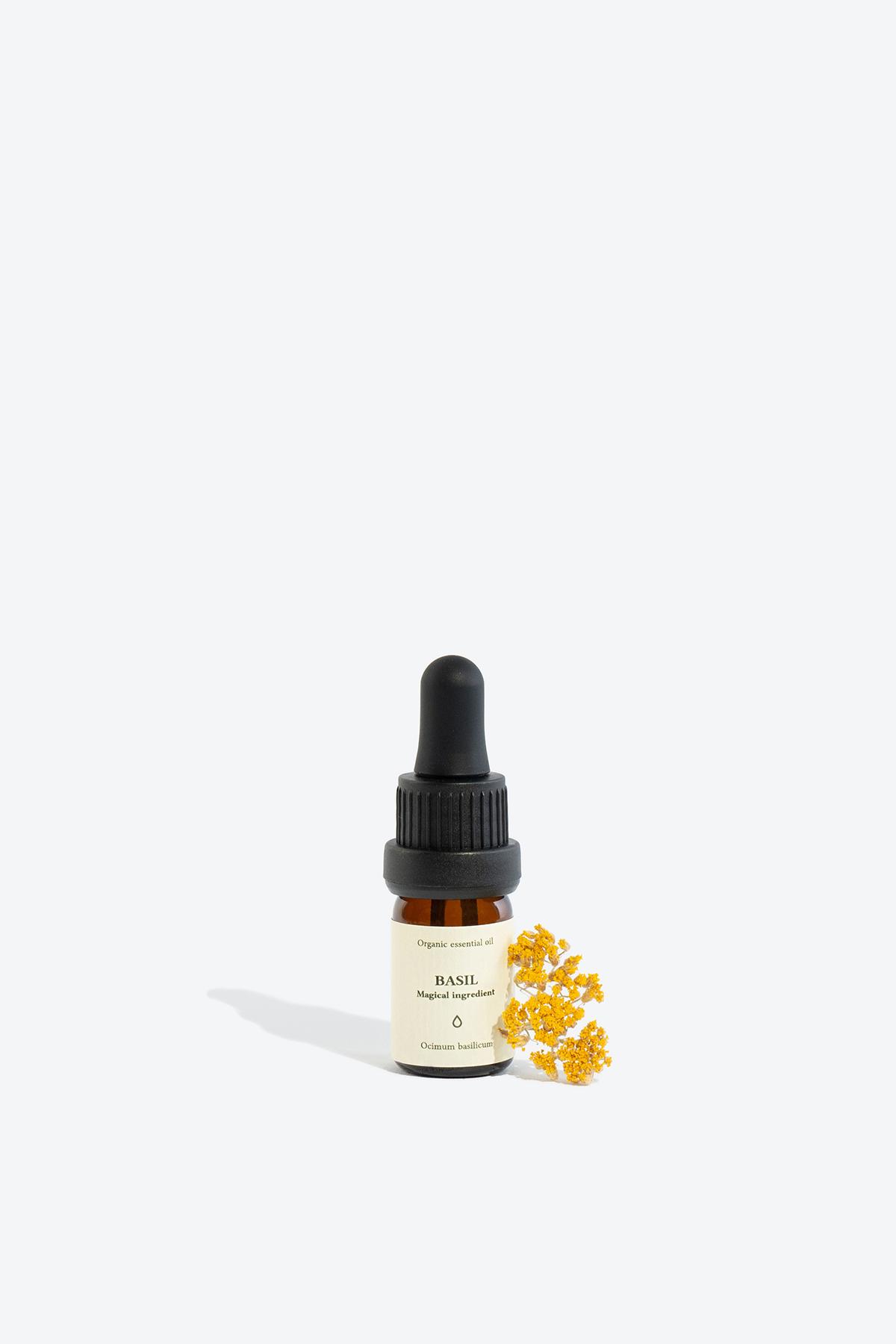 Basil organic essential oil SMELLS LIKE SPELLS